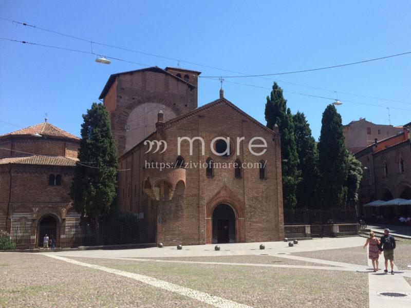 ミラノからボローニャにイタロで日帰り旅行!サント・ステファノ教会郡1