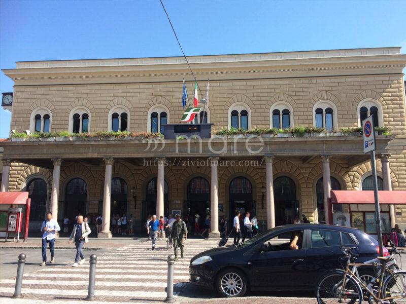 ミラノからボローニャにイタロで日帰り旅行!ボローニャ駅外観