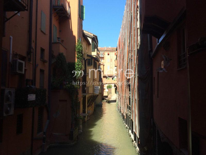 ミラノからボローニャにイタロで日帰り旅行!運河