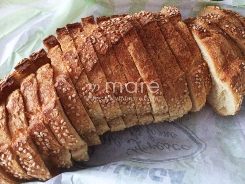 イタリアのパンは大量!冷凍保存がマストエッセルンガの大きいパン