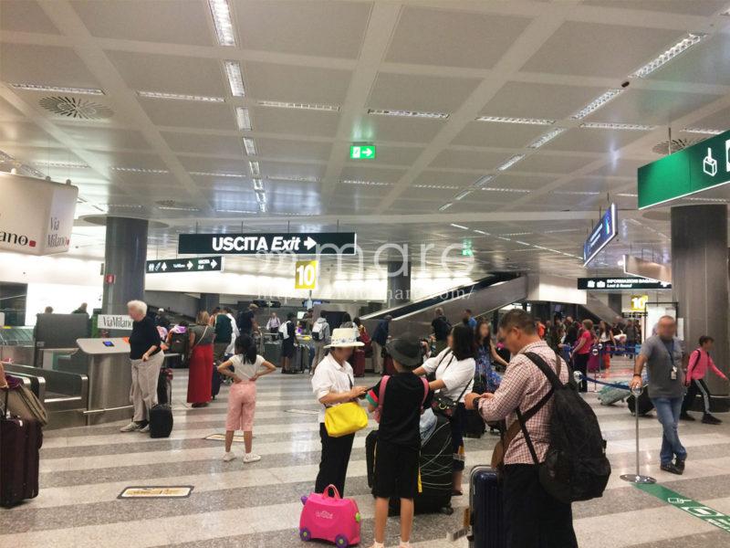 イタリアへの入国とミラノマルペンサ空港からミラノ中央駅までの移動手段