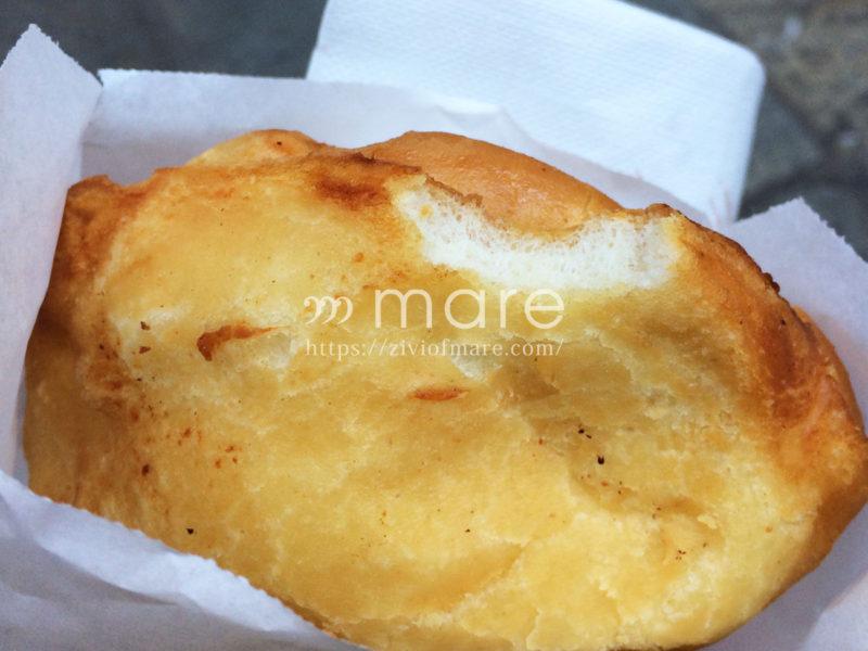 ミラノにあるルイーニのパンツェロッティ(揚げパン)は定番お手軽グルメ1